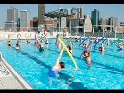 The Floating Pool At Brooklyn Bridge Park Youtube