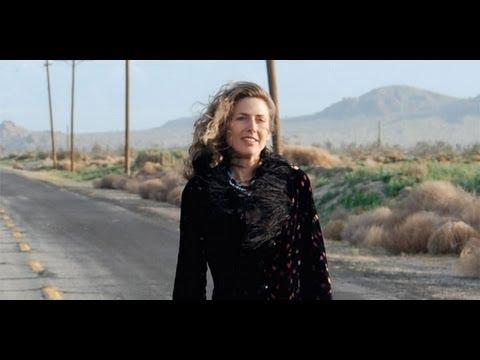 Sophie B Hawkins - I Walk Alone
