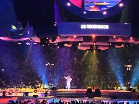 Paul de Leeuw - de Regenboog live @ Toppers in concert 2012