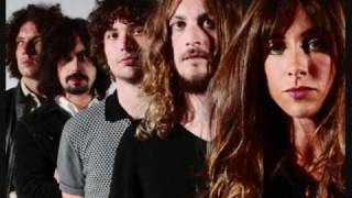 Watch Zutons Little Red Door video