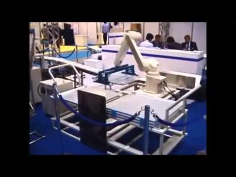 רובוט תעשייתי 13 מבית Mitsubishi Electric