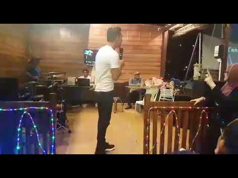 Hakikat Sebuah Cinta  -  Syafiq Farhain Live @ Johor Steamboat