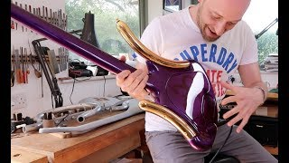 Download Lagu The CRAZIEST bass you've ever seen... and it was Prince's! Gratis STAFABAND