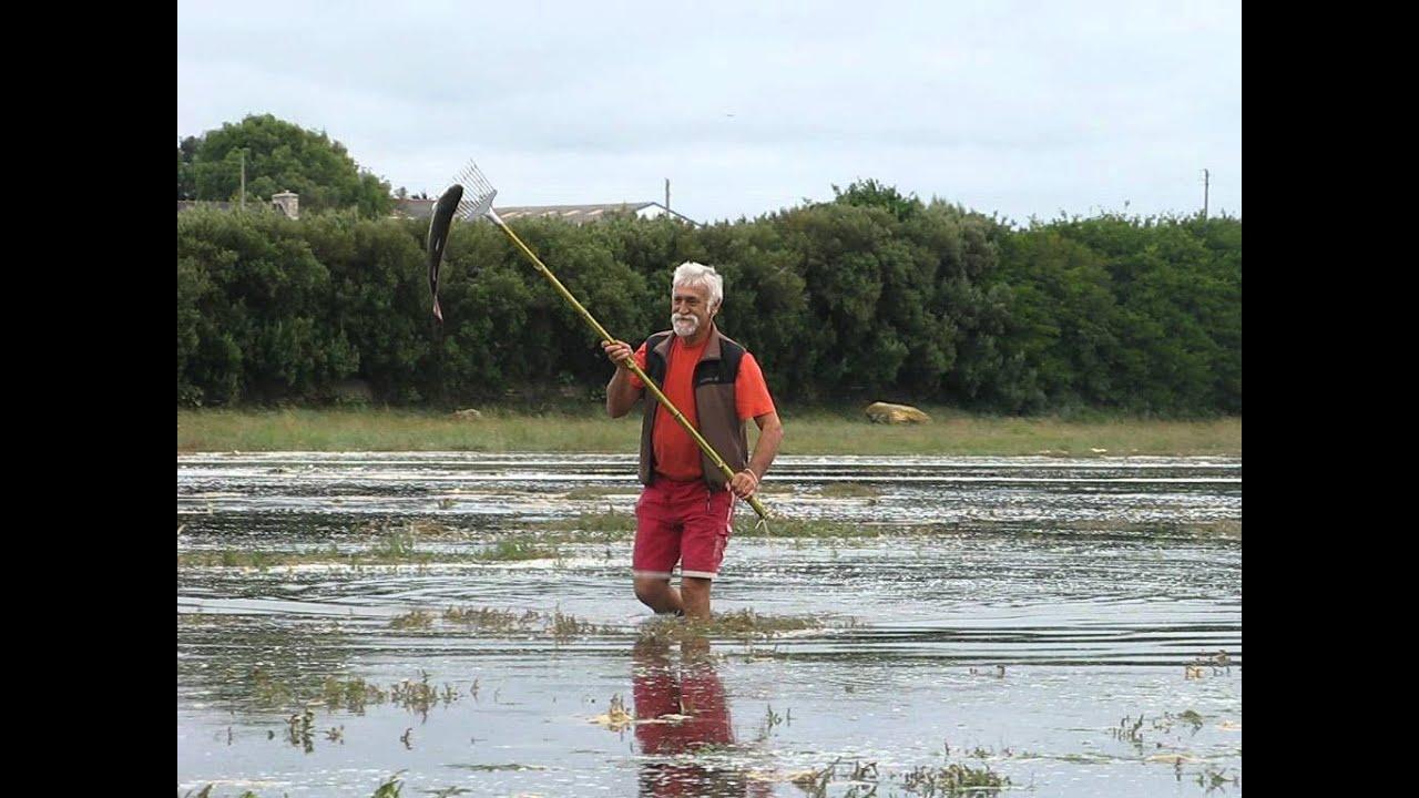 Beau en lançant la pêche dhiver