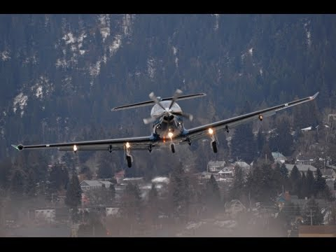 Pilatus Pc 12 Low Ovearhead Takeoff