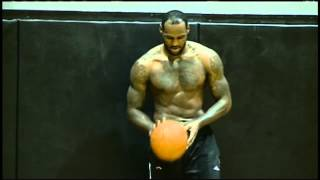 LeBron Puts on a Dunking Clinic in Practice