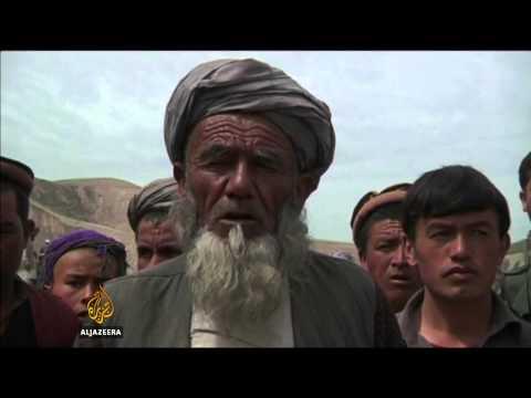 Bad roads hinder Afghan mudslide aid effort
