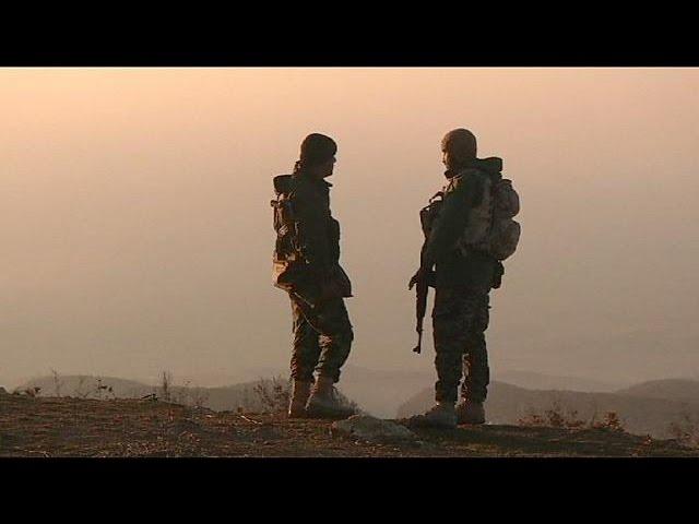 Jihadistas do EI retiram de Sinjar
