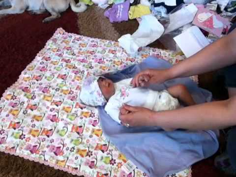 Silicone baby Leeza by Michelle Fagan- Box opening