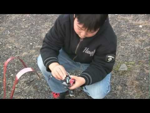 9 Year Old Justin Jee - E-Flite Blade mCPx Stock Heli Flight - 2011-11-03