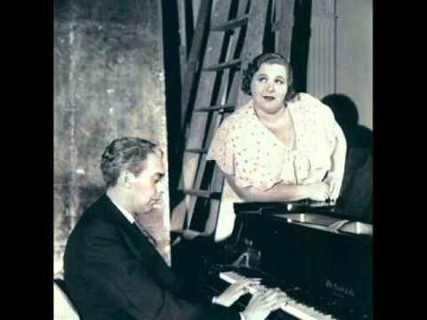 Kate Smith When You Wish Upon A Star 1940 YouTube