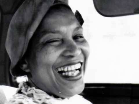 zora hurston (what its like to be colored me) essay Hurtson also drew attention for the autobiographical essay how it feels to be  colored me (1928), in which she recounted her childhood and.