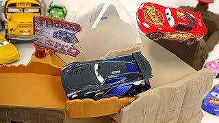 Disney Pixar Cars 3 Midnight jump track set play with Jackson Storm, Lightning McQueen - DuDuPopTOY