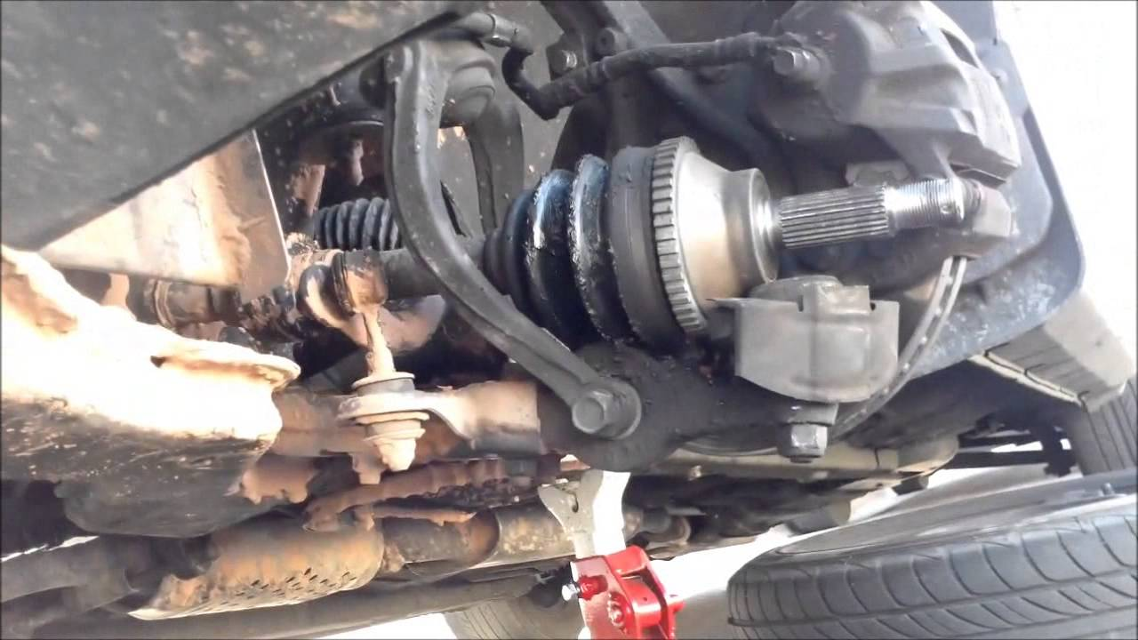 How To Replace Driver Side Axle 2005 Hyundai Sonata Youtube