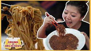 SINGAPORE STREET NOODLES TOUR! Late Night Singaporean Food