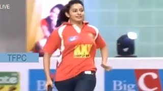 rakul-preeth-battingcricket-match-memu-saitam-event-livememu-saitham