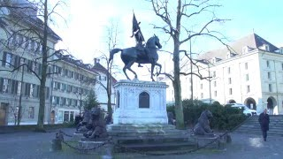 David Emanuel - Trafalgar Square