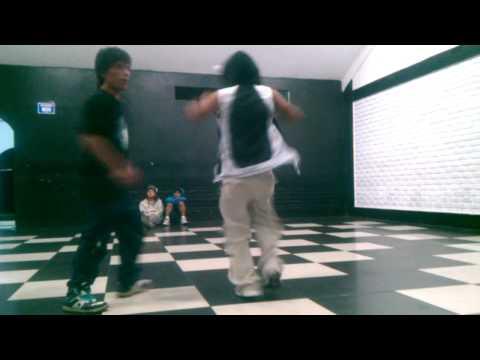 Enigma - Dance Aqp  luis-trigun // Jhoseph Yoshi arabe picachu 2014