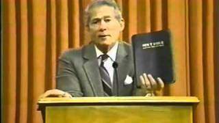 Dr Peter Ruckman, Read the Authorized King James Bible.