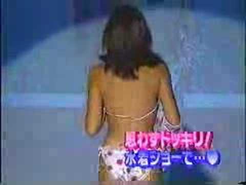 片瀬那奈の水着ファッションショー