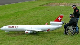 MD-11 GIGANTIC RC XXXL SCALE MODEL AIRLINER TURBINE JET FLIGHT DEMONSTRATION