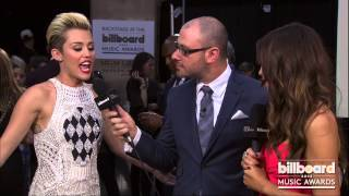 Miley Cyrus Artist Name Backstage at the Billboard Music Awards 2013