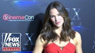 Jennifer Garner stars in action packed thriller 'Peppermint'