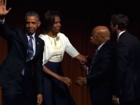Obama delivers keynote address at Civil Rights Sum…
