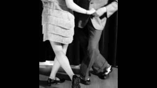 Glenn Miller - The Rhumba Jumps