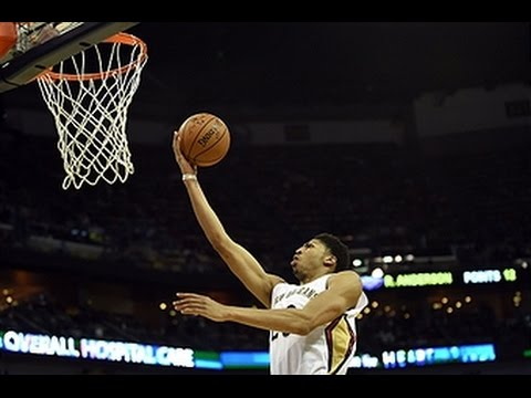 Anthony Davis Scores Double-Double in Monday Night Victory