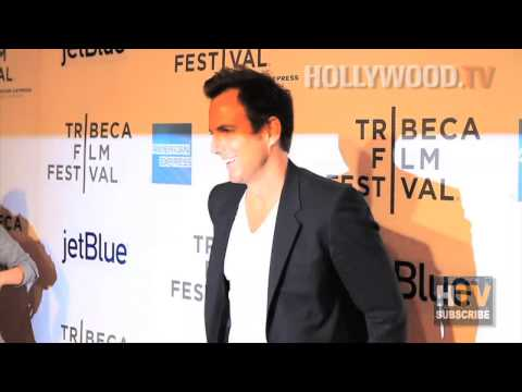 Will Arnett files divorce papers - Hollywood.TV
