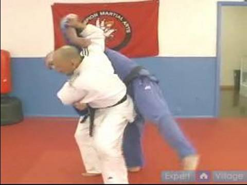 Advanced Judo Techniques : How to do a Directional Throw & Fake Out in Judo Image 1