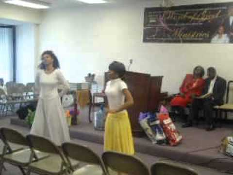 Kirk Franklin - Precious Lamb Of God (Praise Dance)
