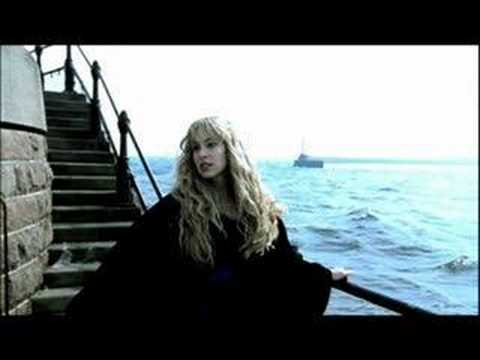 Blackmore`s Night Diamonds and rust