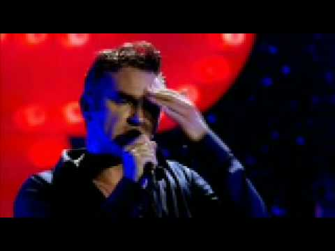 Morrisey The World Is Full Of Crashing Bores (Live)