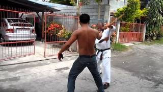 Arnis Disarming techniques by Master Deo Bascon and Master Nat Bascon