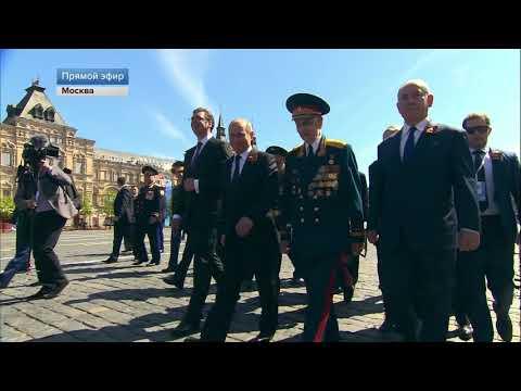 Путин увидел ветерана и пригласил пройтись вместе к Вечному Огню, на Параде Победы 2018.