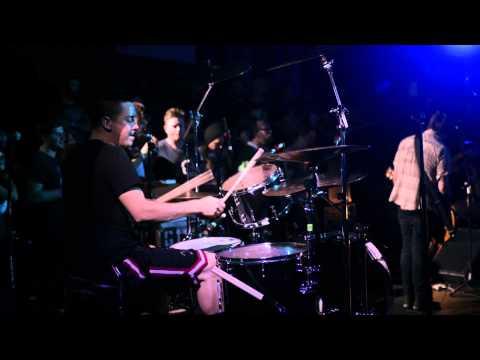 Paul Ramirez of The Flatliners LIVE drum cam @ THE FEST 12 thumbnail