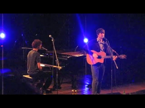 Kings Of Convenience - Singing Softly To Me
