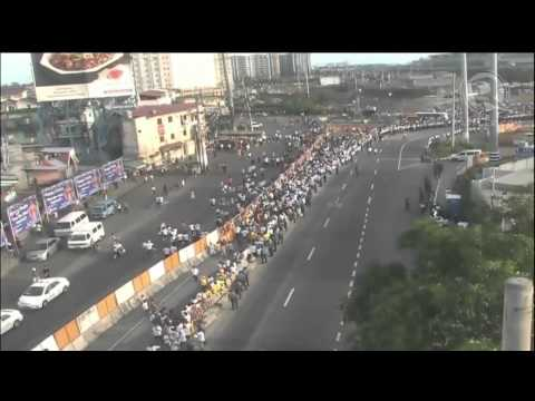 Villamore Airbase set-up a red carpet to welcome Pope Francis to the country. #PopeFrancisPH #ShowThePope Read and watch more at http://rplr.co/popefrancisph, Rappler's coverage of Pope Francis'...