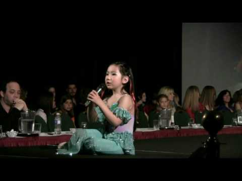 Talented 6 year old girl Naomi Singing the Little Mermaid