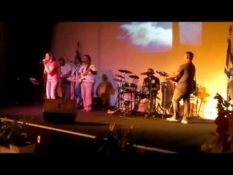Ministério QdN | Ele Nos Ama (How He Loves Us)