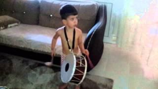 Ciftetelli ritimli calan kucuk davulcu  furkan Efe   davul show   drum show solo
