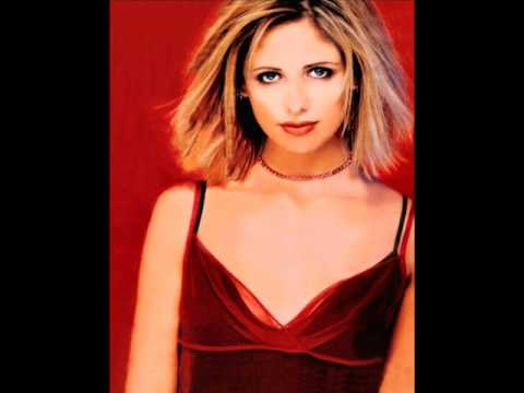 Sarah Michelle Gellar- Days Go By Video