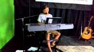"Download Lagu cover ""Tupelo Honey"" by Britton Buchanan Gratis STAFABAND"