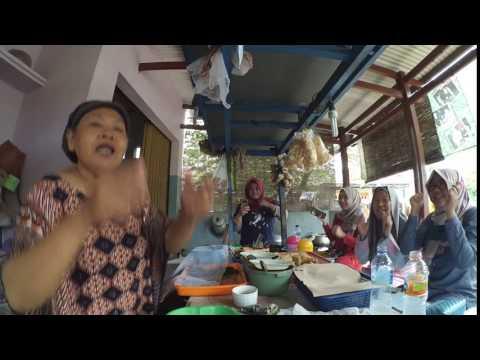 RUMBAH KOPEK - Kuliner Indramayu (Cute Devil)