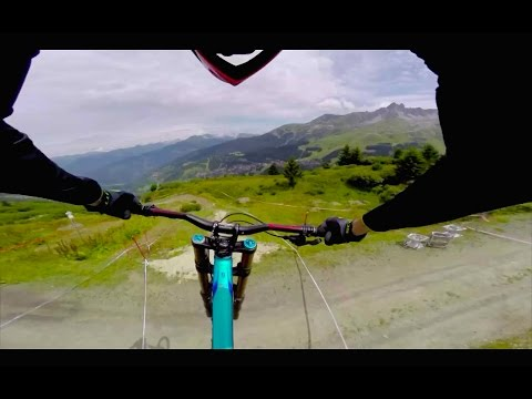 Downhill Mountain Bike POV Course Preview at Méribel 2014