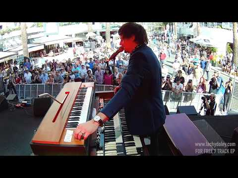 USE ME (Bill Withers) - The Lachy Doley Group - Live at Blues On Broadbeach 2016 (Whammy Clavinet)