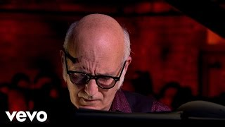 Ludovico Einaudi Life Official Music Audio