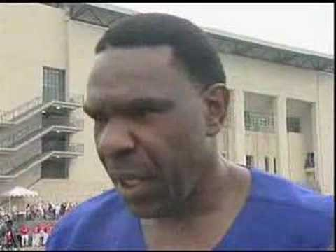 Andre Dawson - Safeway 2007 Celebrity Softball Video